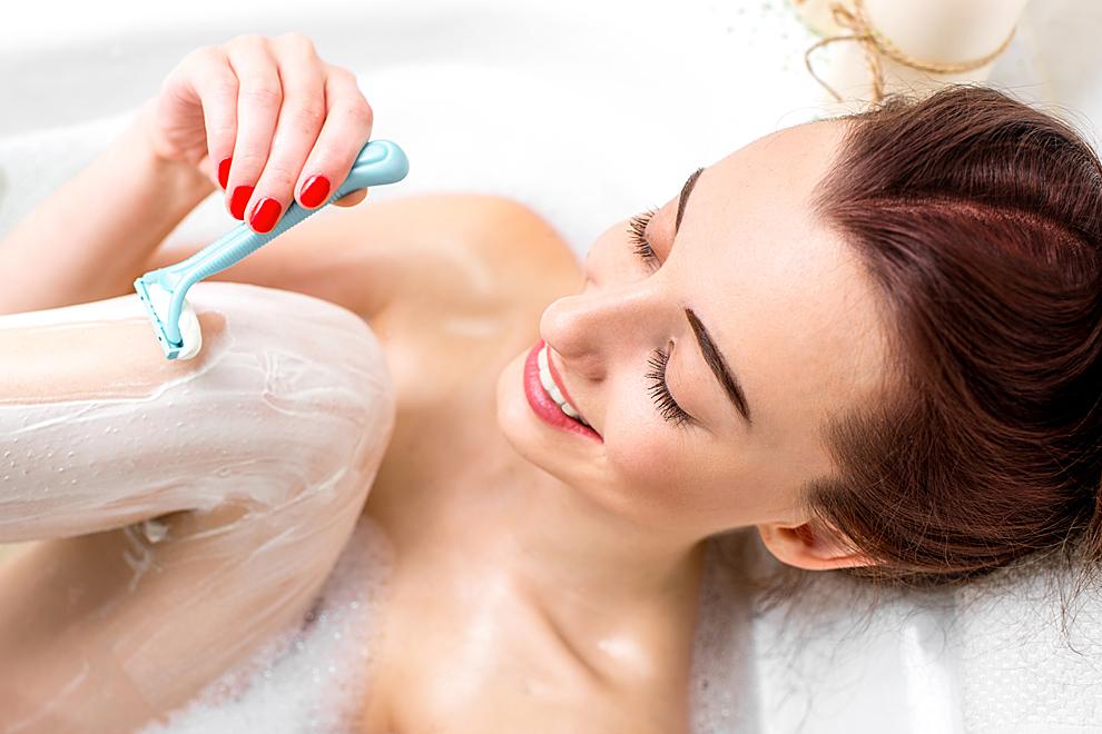 Mit diesen 4 Tricks musst du dich seltener rasieren