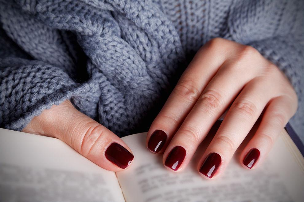 Mit diesem coolen Trick wirken deine Nägel sofort länger