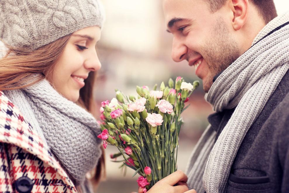 10 Dating-Regeln, die wieder cool werden sollten