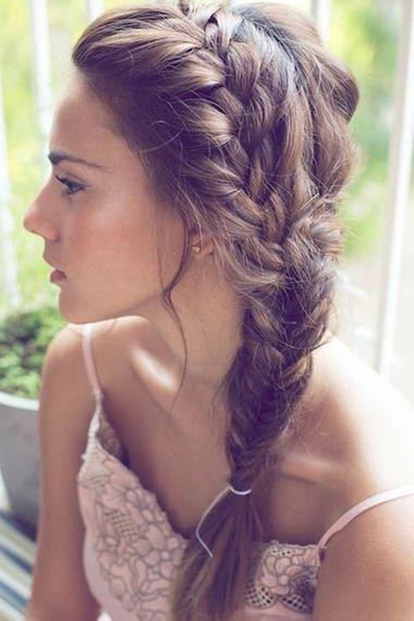 21 Frisuren für fettige Haare