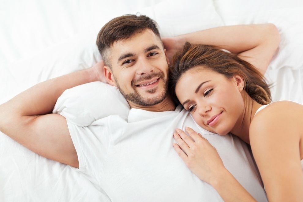Wenn er diese Dinge beim Sex macht, liebt er dich wirklich