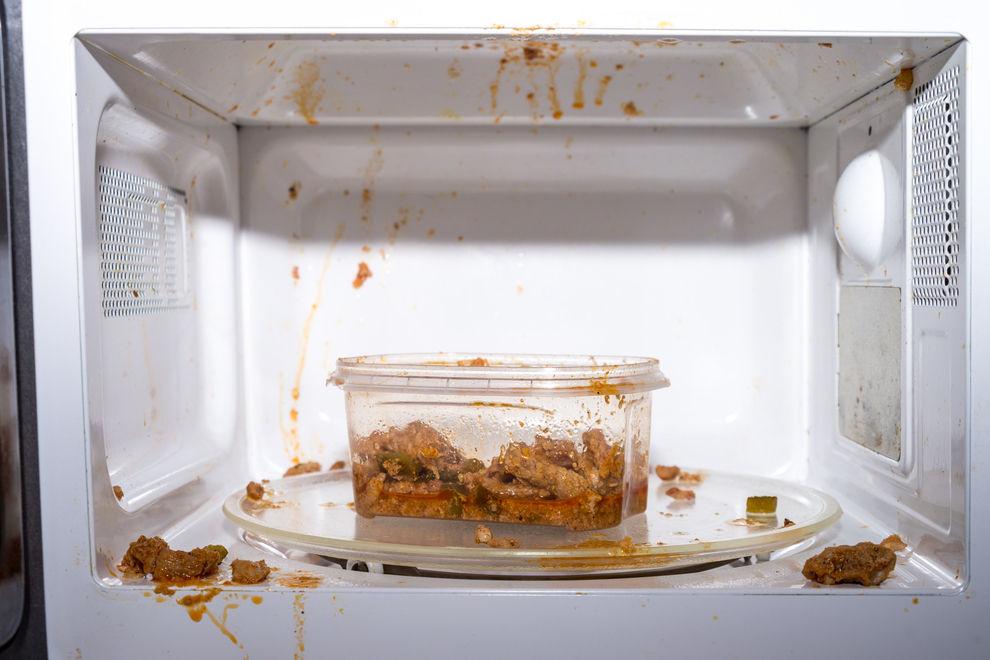 Giftig: Diese 4 Lebensmittel dürfen nicht in die Mikrowelle