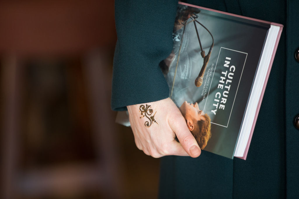 Kate Middleton hat sich trotz Schwangerschaft ein Tattoo machen lassen