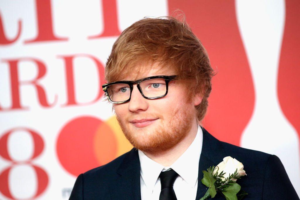Ed Sheeran kauft Straßenjungen in Liberia ein Haus