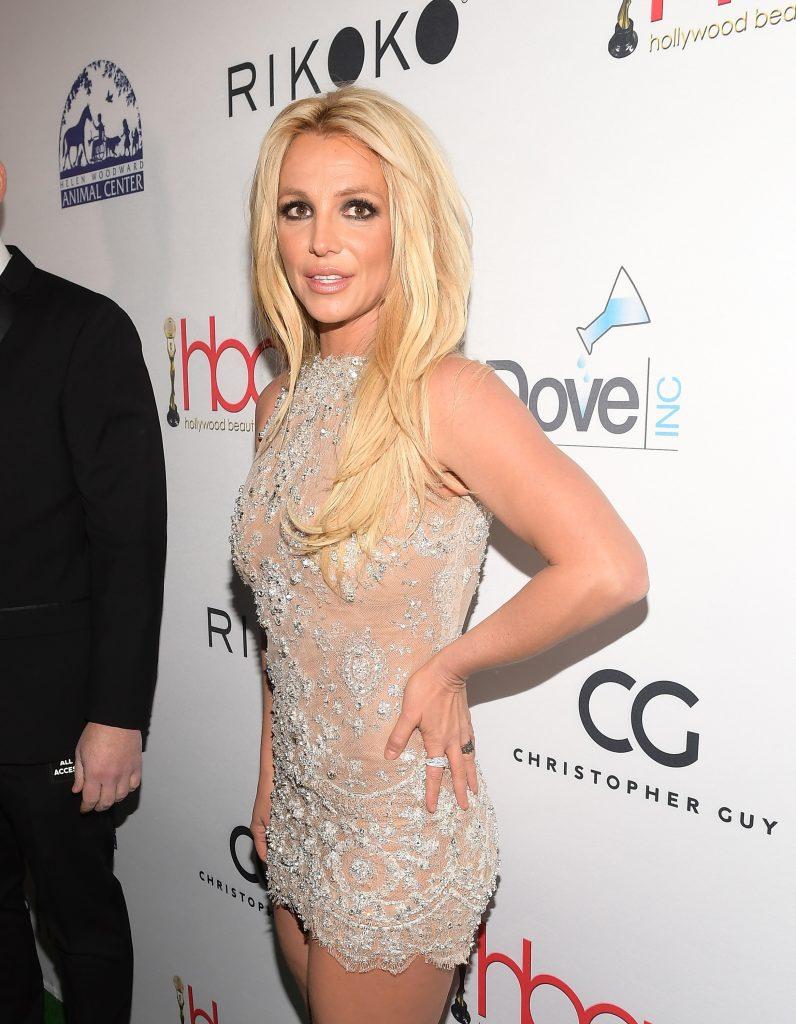 Britney Spears: Photoshop-Fail sorgt für Lacher