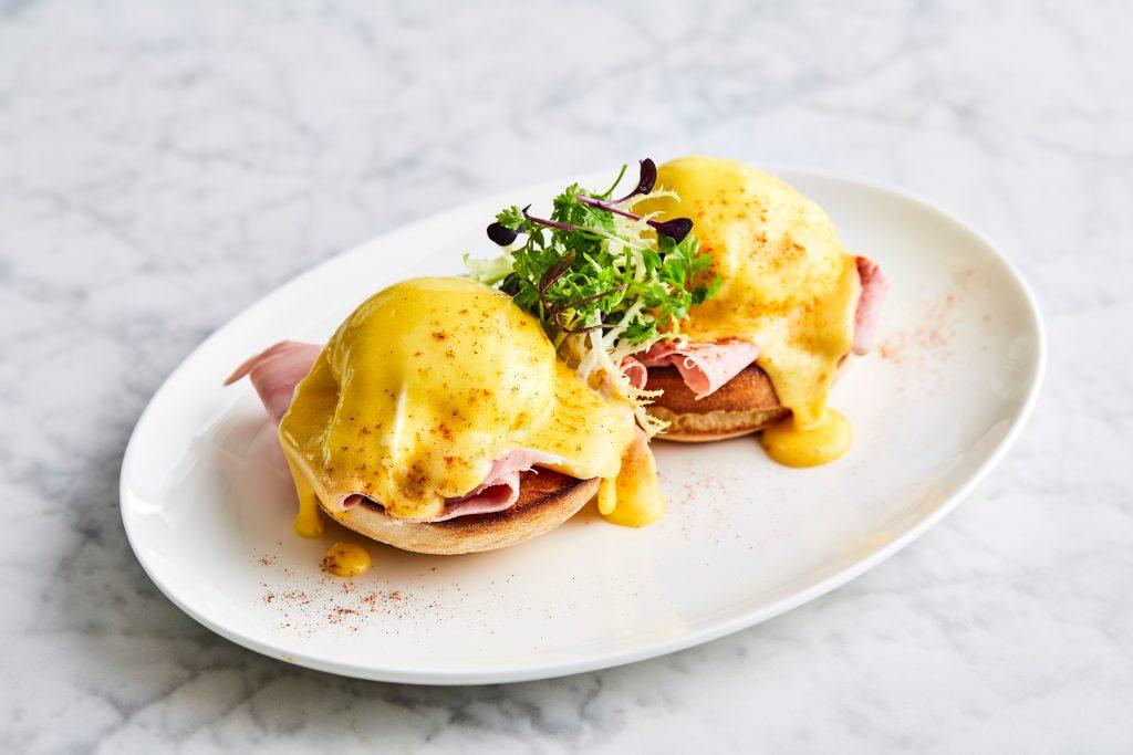 Oster CookBook: Eggs Benedict