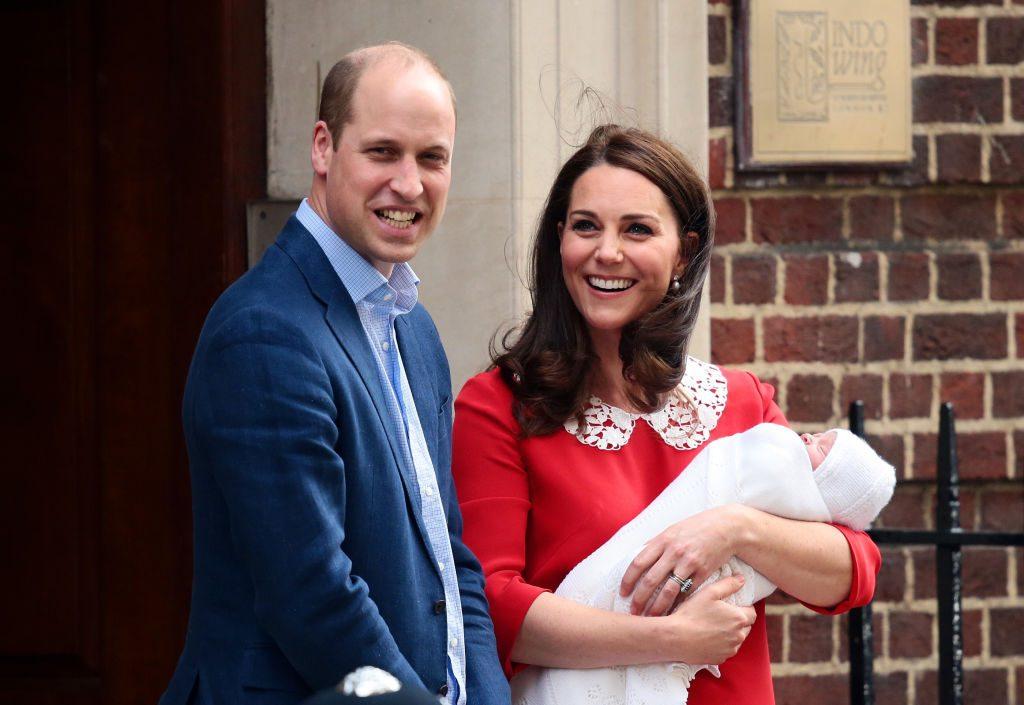 Erste Fotos von Baby Prinz Louis sind da