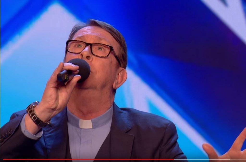 Britain's Got Talent: Irischer Priester haut mit seinem Auftritt alle um
