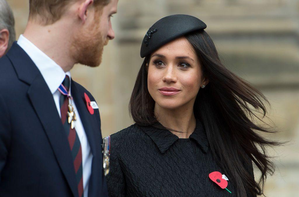 Meghan Markle und Prinz Harry: Sie müssen ihre Hochzeitsreise absagen
