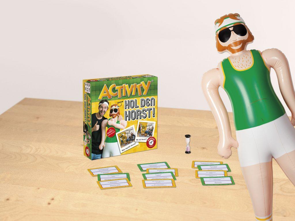 activity hol den horst + doll