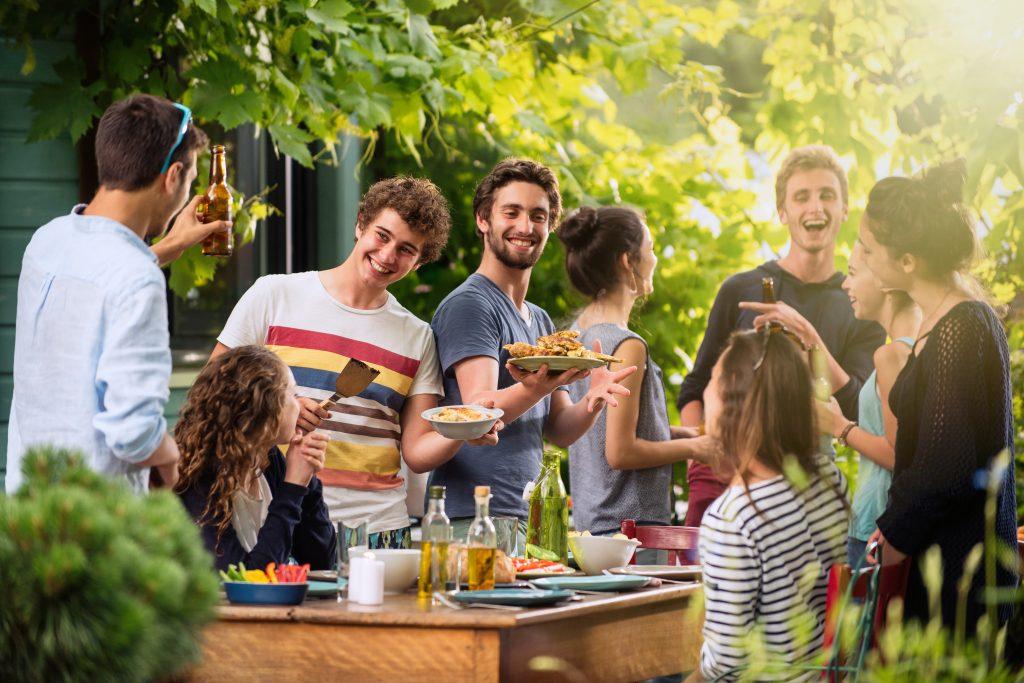 Inspo: 5 geniale Tipps für dein nächstes Sommerfest