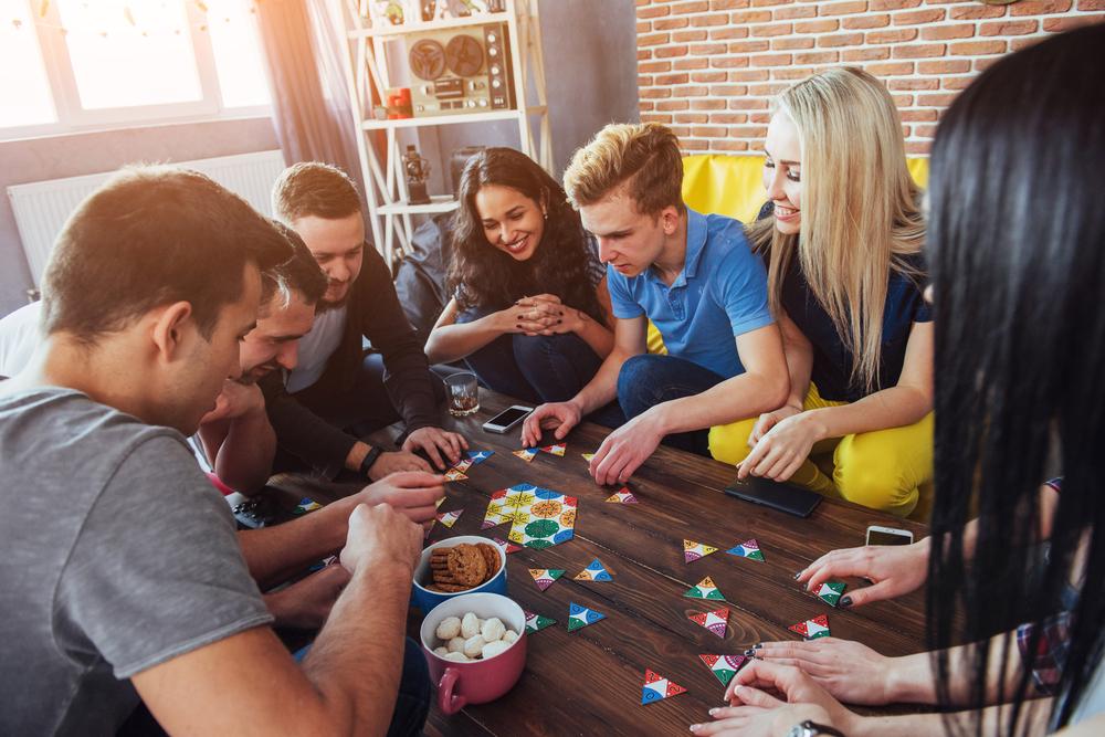 3 Gründe, warum Spieleabende besser als Party sind