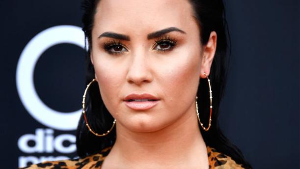 Demi Lovato wegen Heroin-Überdosis im Krankenhaus