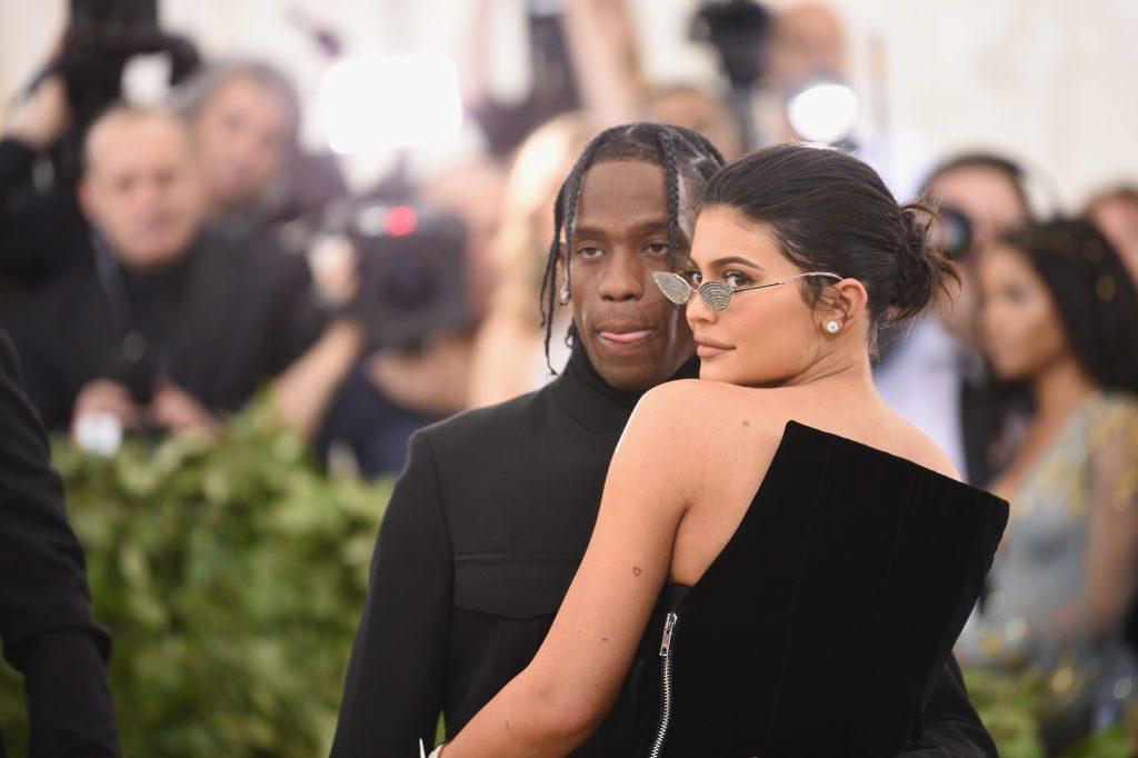 Kylie Jenner: Stormi krabbelt zum ersten Mal!