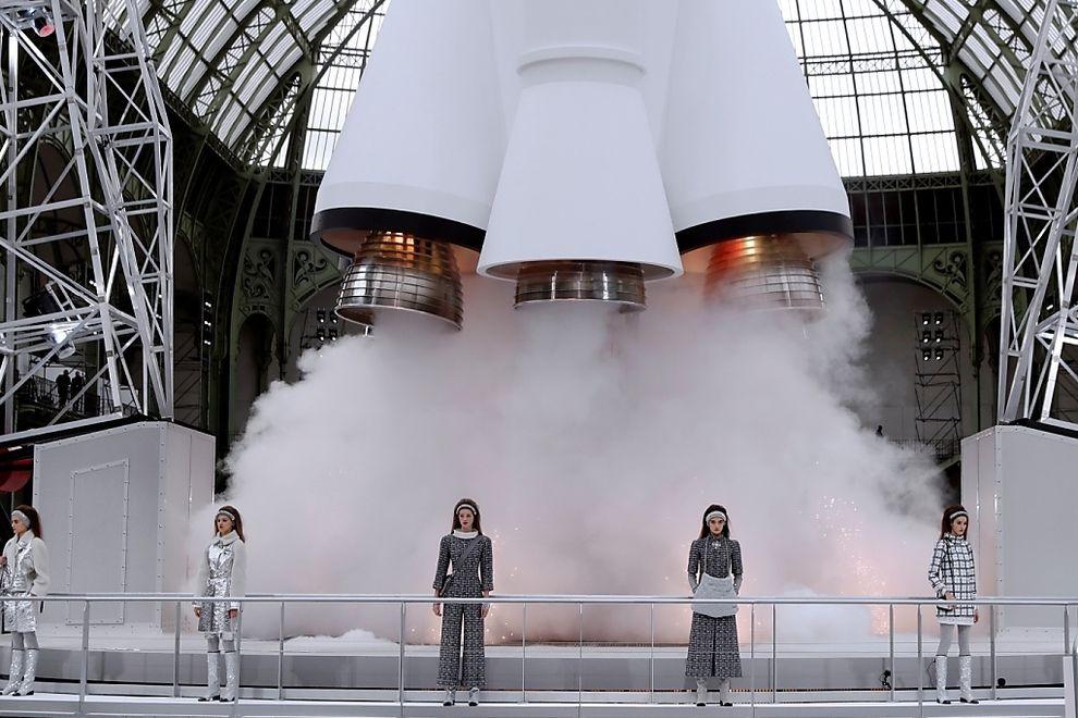 Lagerfeld begeisterte mit spektakulärer Chanel-Show