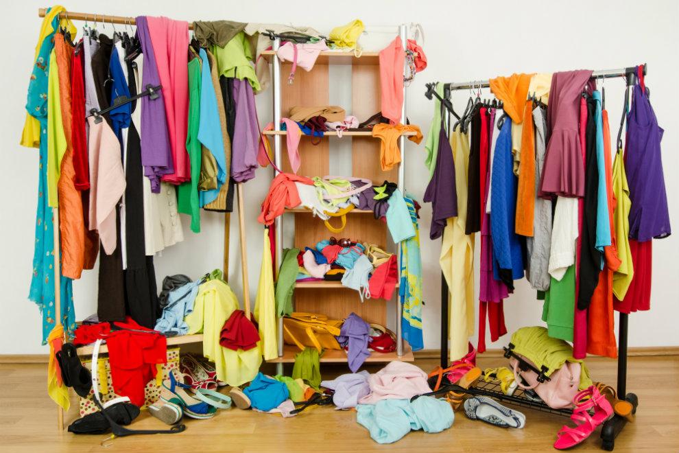 6 Lifehacks für mehr Ordnung im Kleiderschrank