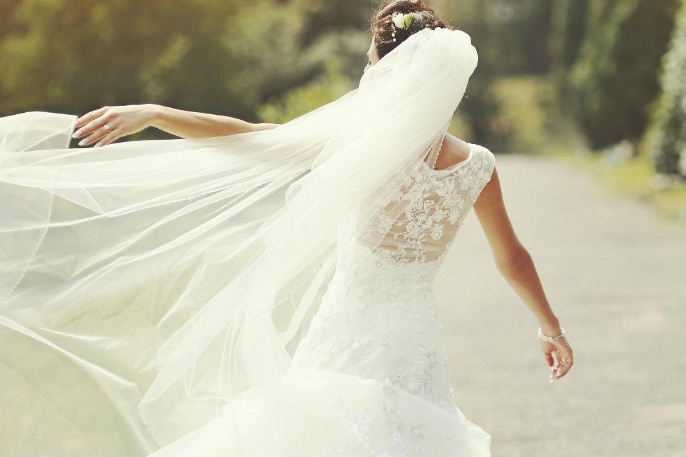 Passende Hochzeitskleider für jede Figur