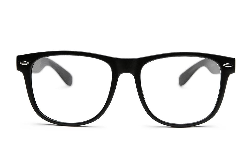 Nerdbrille passt nicht zu hellen Hauttypen