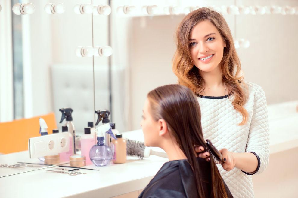 5 Gründe, warum Friseurinnen einfach die Besten sind