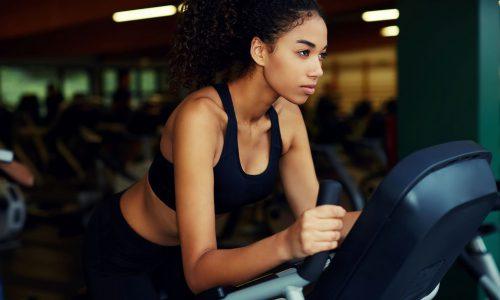 5 Tipps, wie man auch beim Sporteln immer super stylisch aussehen kann