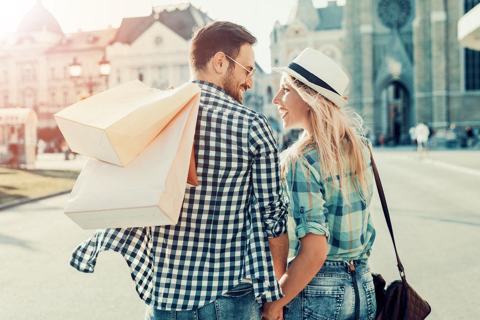 Diese 5 Dinge kennt jedes Paar, das schon einmal gemeinsam shoppen war
