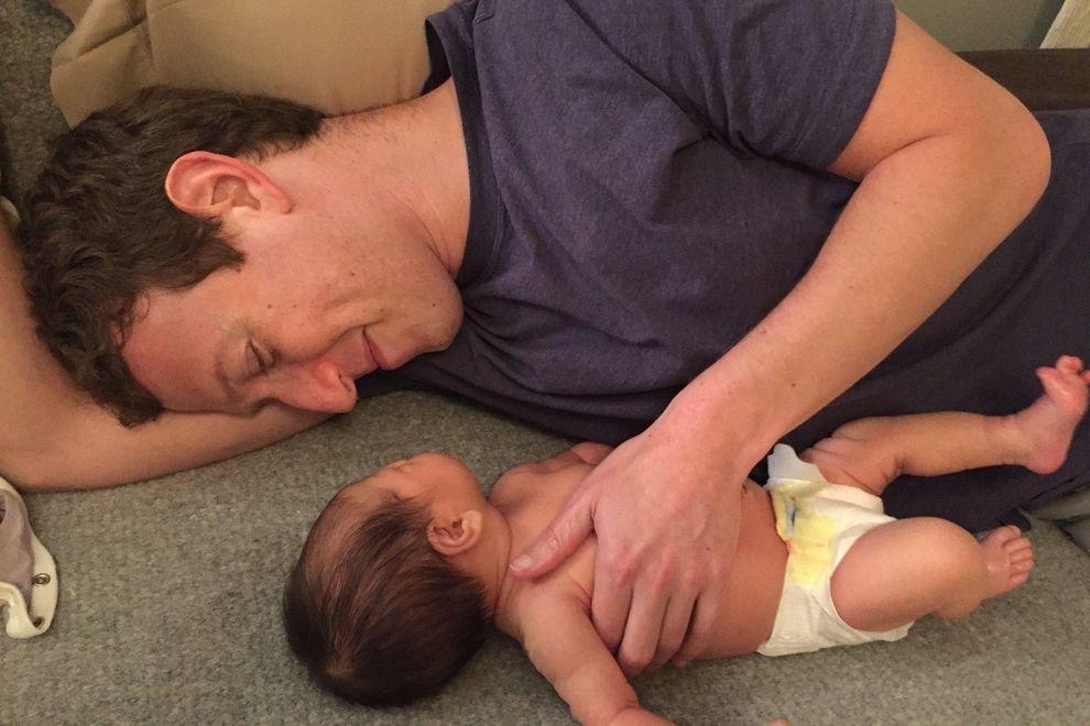 Mark Zuckerberg präsentiert der Welt sein Töchterchen