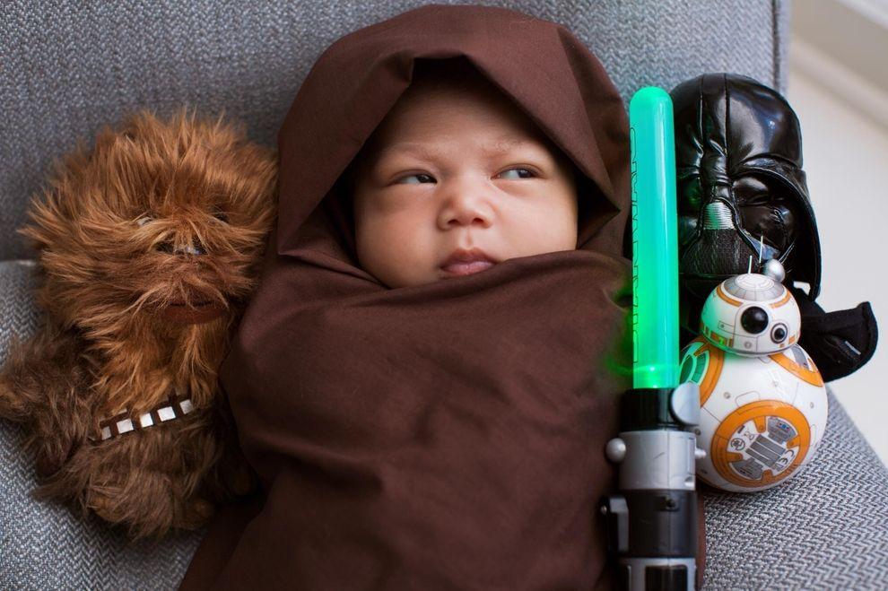 Mark Zuckerberg macht Tochter Max zum Mini-Jedi