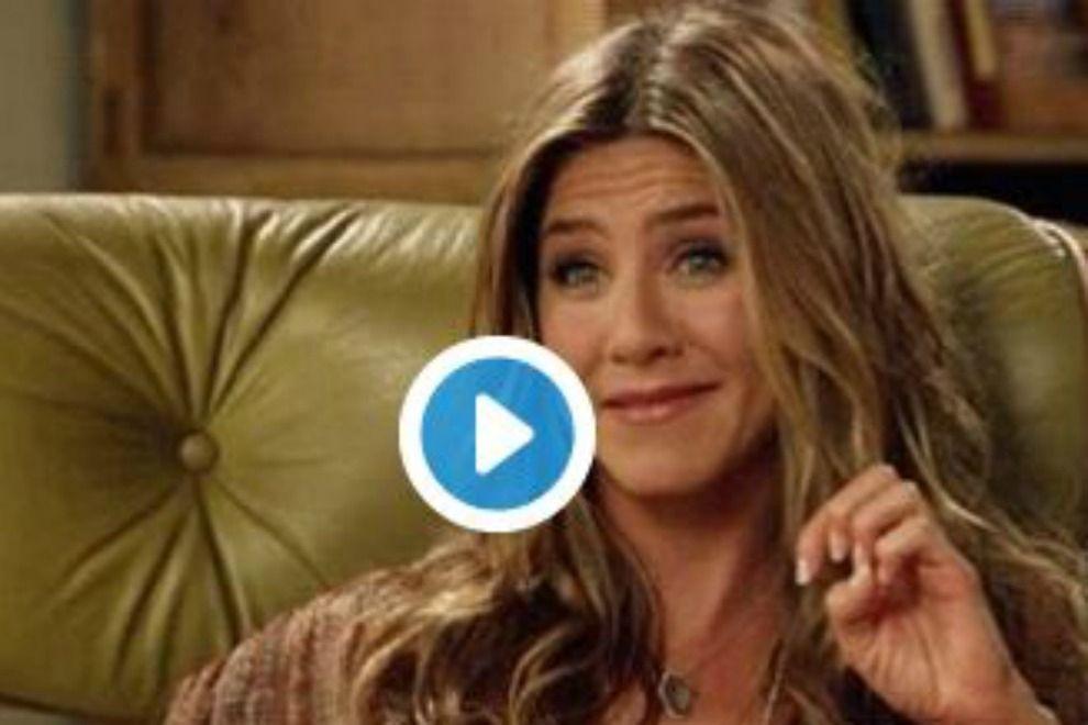 Jennifer Aniston-Memes zeigen ihre Reaktion auf Brangelinas Scheidung