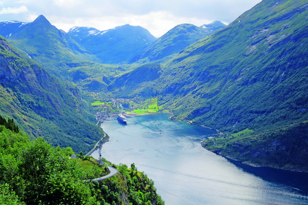 Mit dem Schiff durch Norwegen