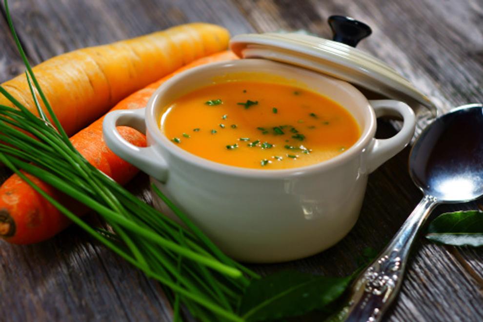 Karotten-Mangosuppe