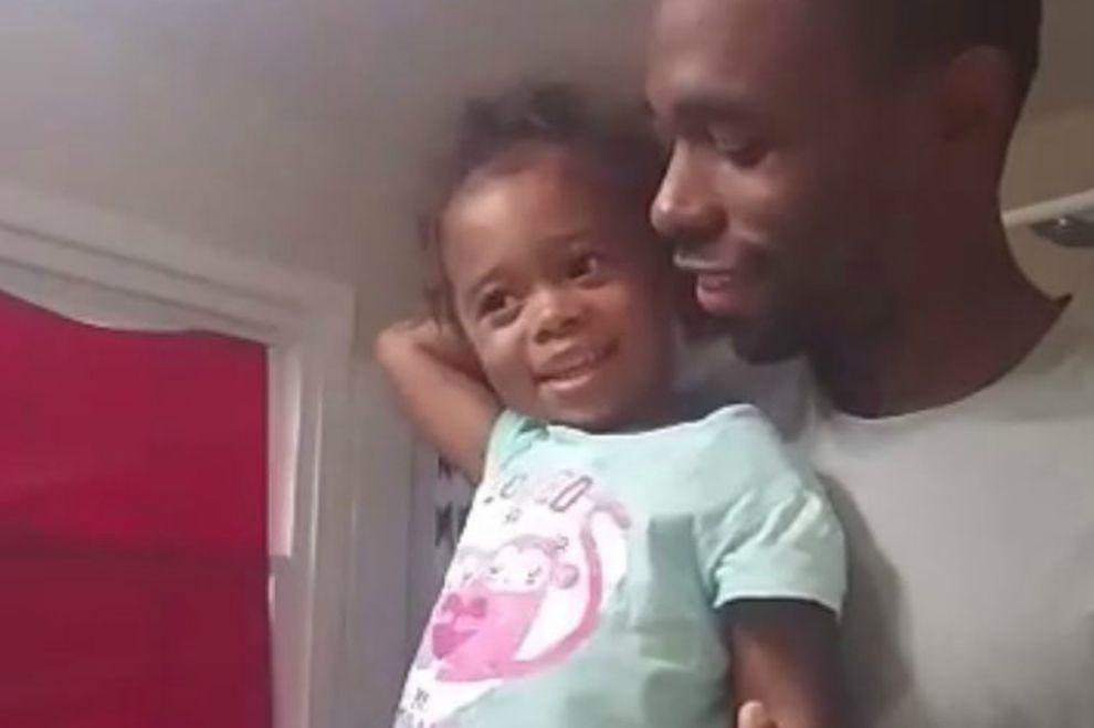 Dieser Vater gibt seiner Tochter die wichtigste Botschaft fürs Leben mit