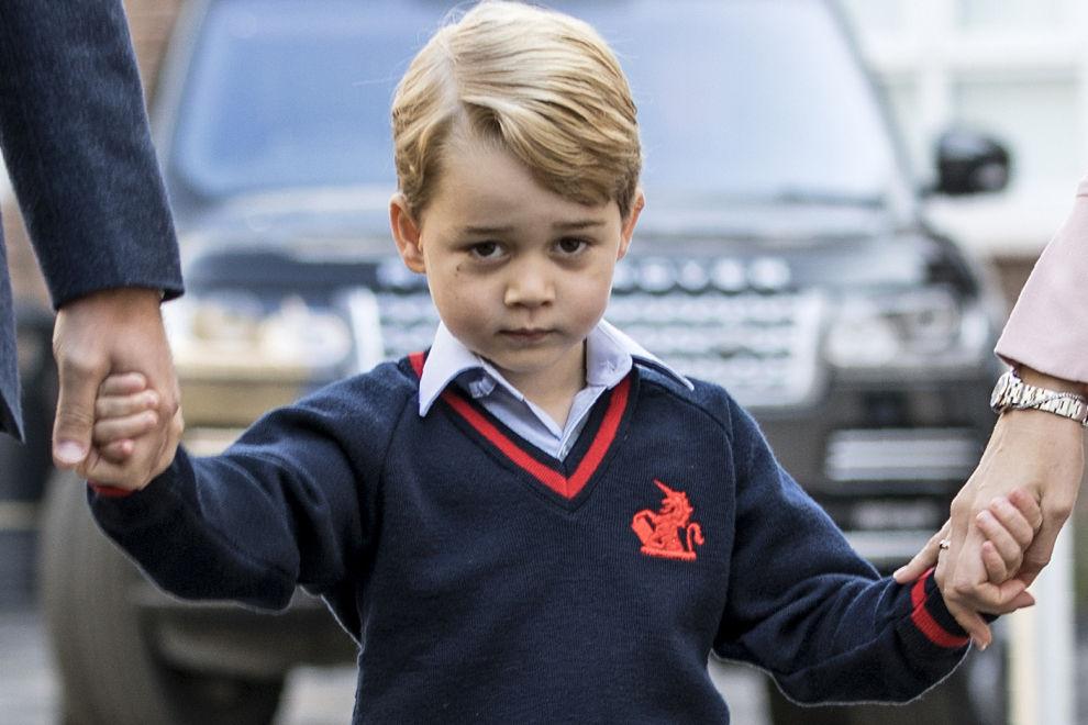 Frau drang unerlaubt in Prinz Georges Schule ein