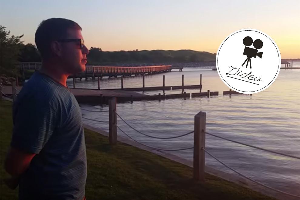 Hier sieht ein farbenblinder Mann zum ersten mal den Sonnenuntergang