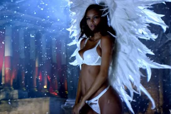 Victoria's Secret präsentiert Weihnachts-Spot