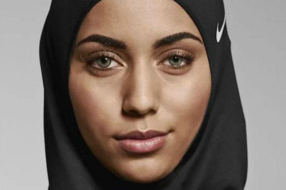 Nike bringt ein Sport-Kopftuch für muslimische Frauen heraus