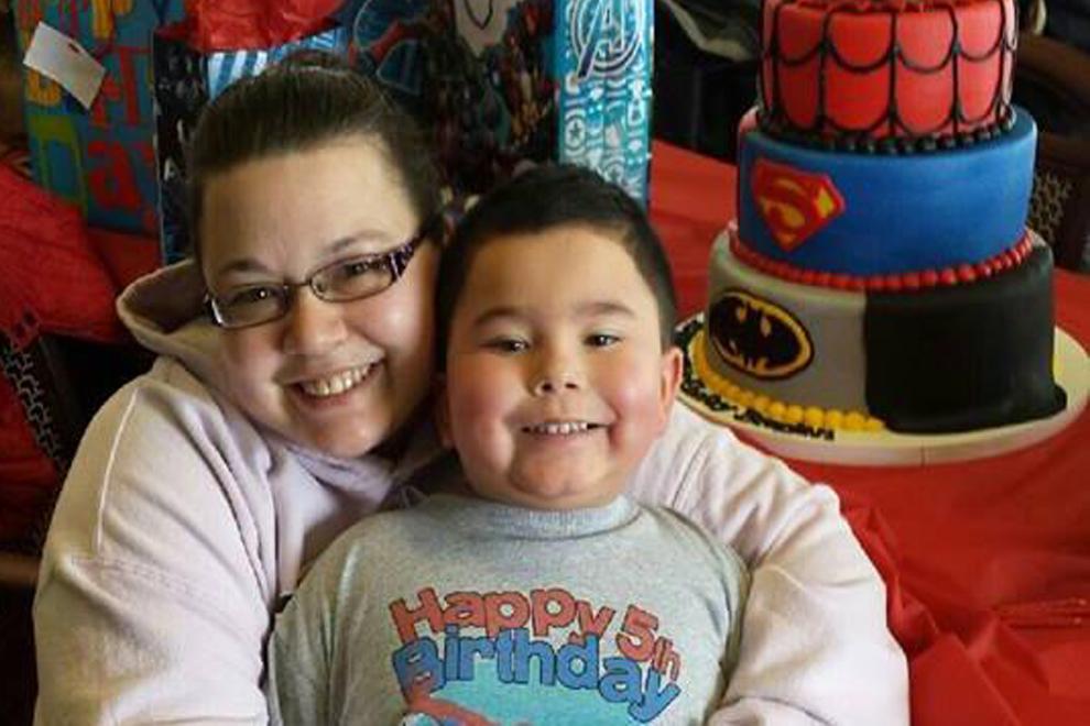 Krebskranker Bub erhält Superhelden-Beerdigung