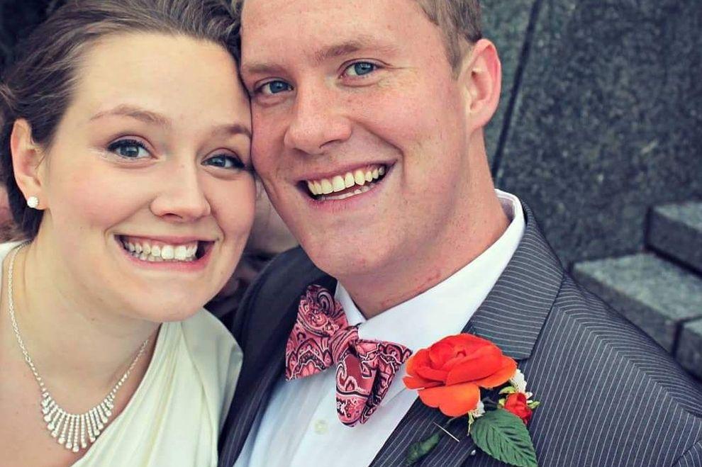 Dieses Hochzeitsfoto jagt der Netz-Gemeinde Angst ein