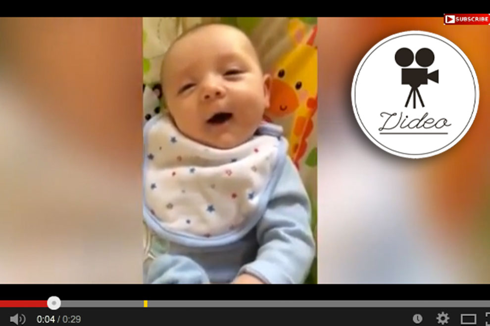 Sieben Wochen altes Baby kann sprechen