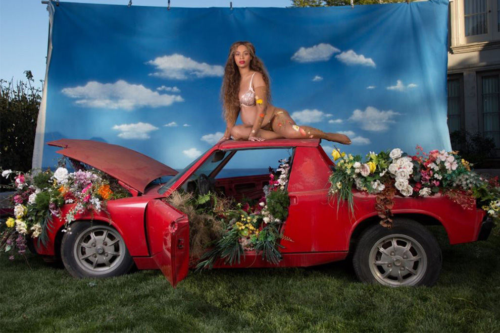 Hier kommt Beyoncés gesamtes Schwangerschafts-Shooting