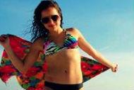 Dieses Mädchen im Bikini hat eine wichtige Botschaft
