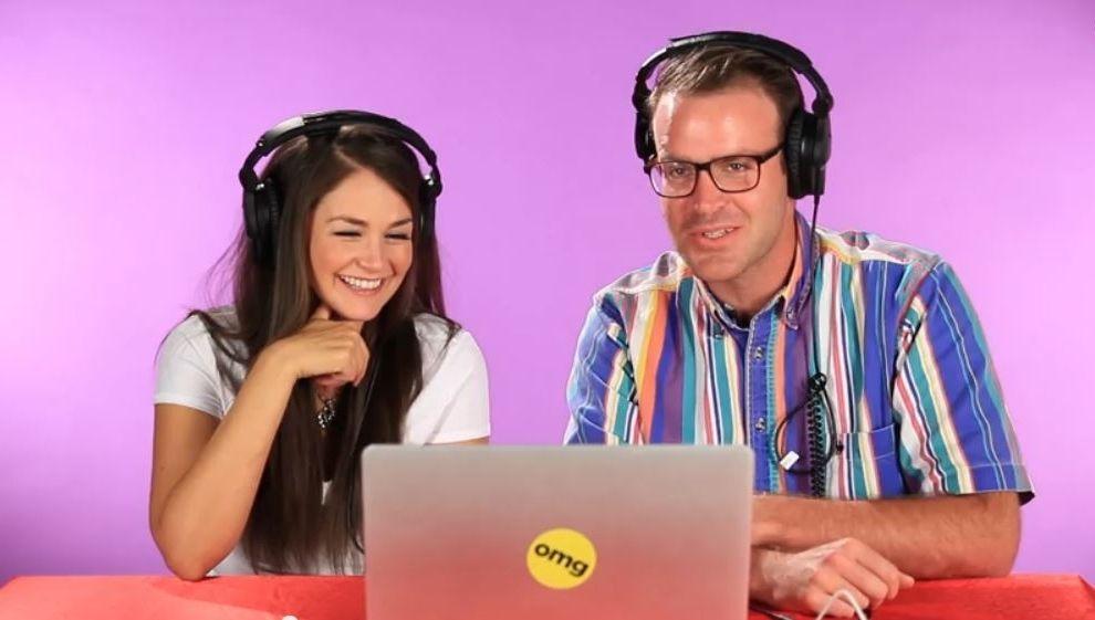 Porno-Stars und ihre Fans schauen zusammen Schmuddelfilme