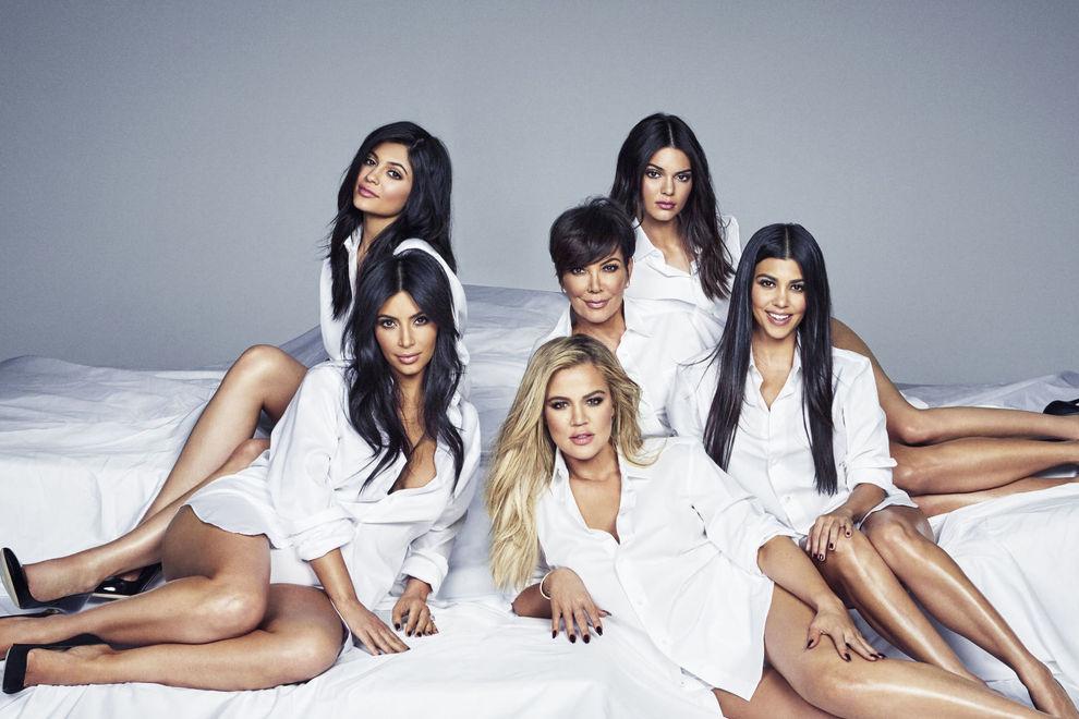 Kardashians versammeln sich für heißes Familienfoto