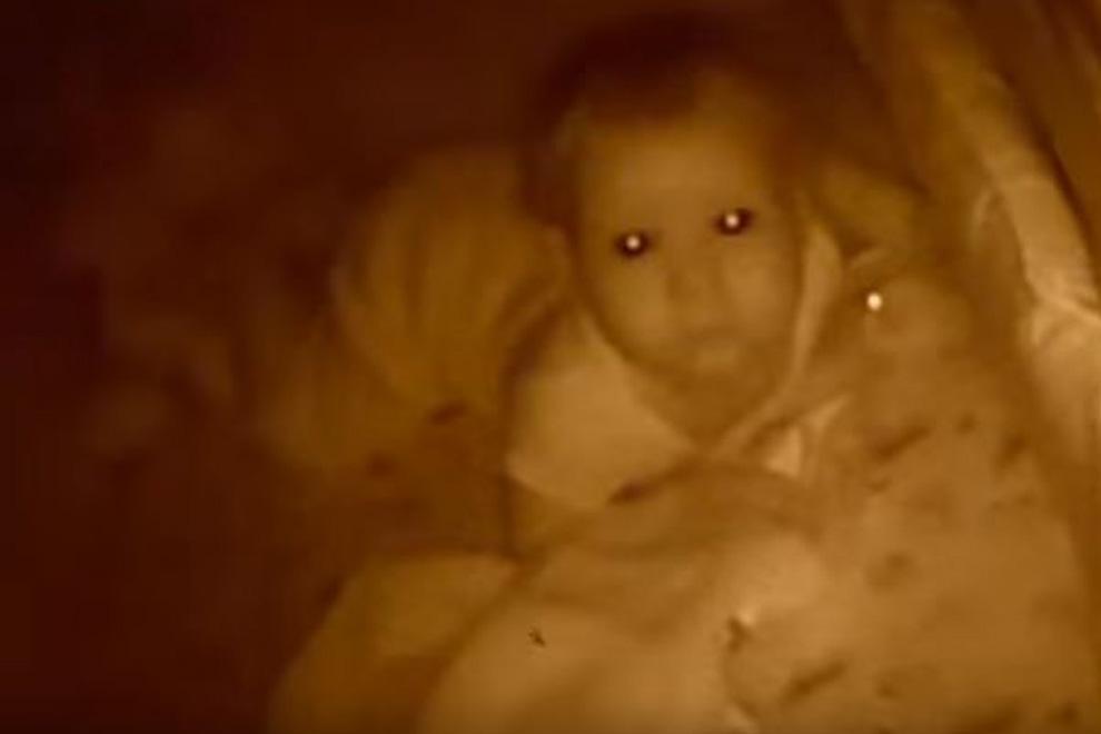 Seltsame Stimme durchs Babyphone: Diesen Horror erlebten Mutter und Kind