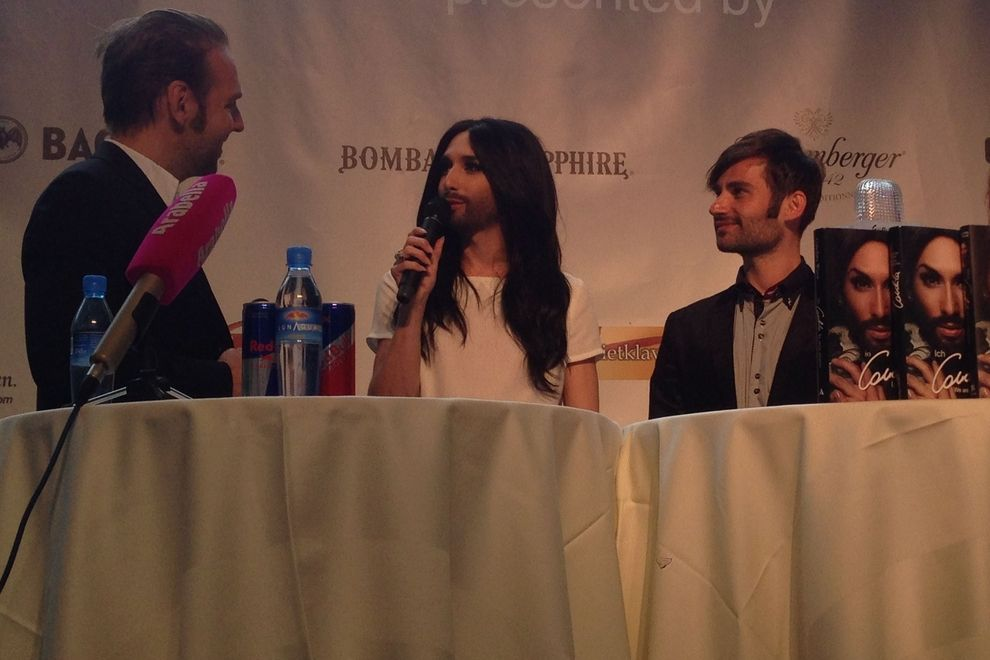 ESC-Queen Conchita Wurst weiht Party-Location ein