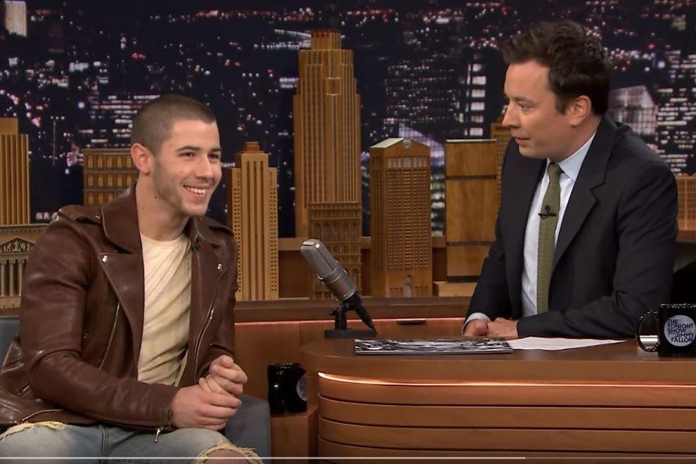 Deshalb hatte Nick Jonas einen Ständer bei den Young Hollywood Awards