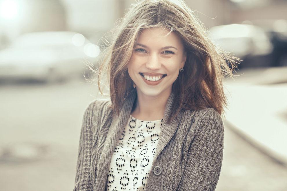 4 Fakten rund um das freundliche Zähnezeigen