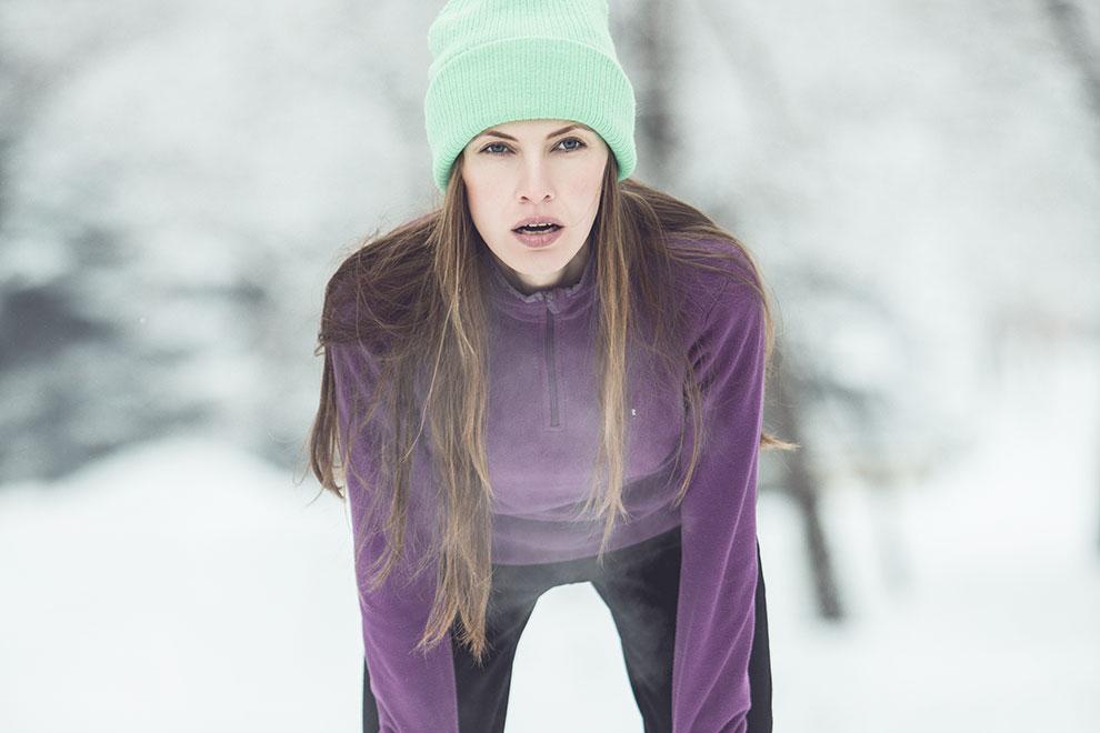 Das solltet ihr bei kühlem Wetter vor dem Laufen tun
