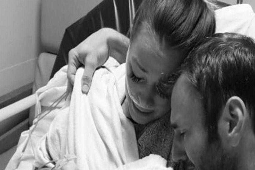 Diese Mama zeigt ihr totes Baby auf Facebook – der Grund rührt zu Tränen