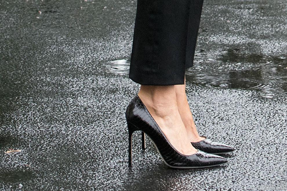 Warum Melania Trump mit diesen Stilettos für ordentlich Spott gesorgt hat
