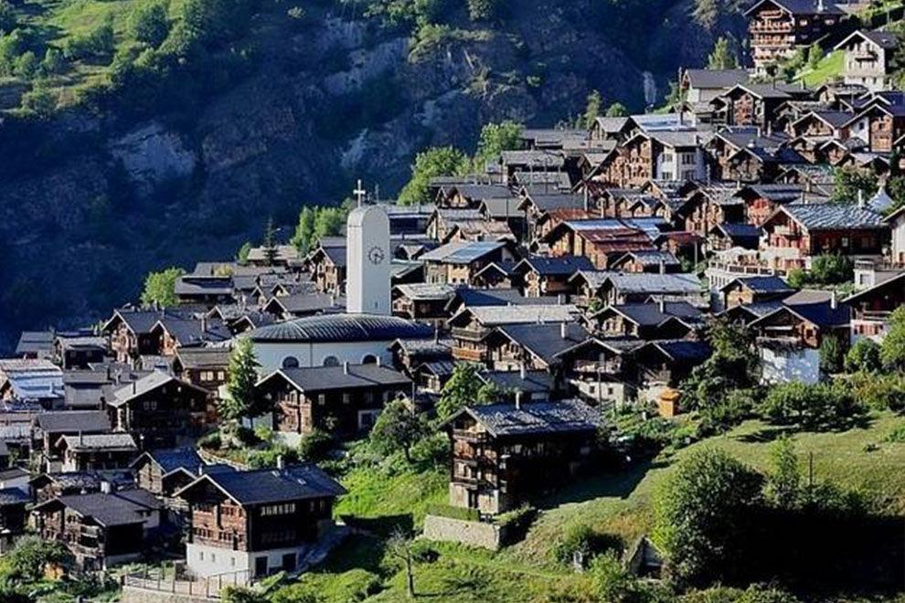 Dieses Schweizer Dorf zahlt dir 21 000 Euro, wenn du hinziehst